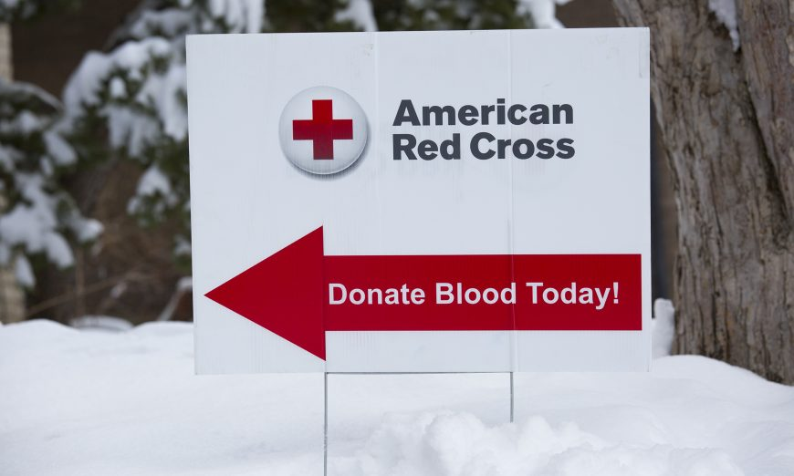 Red Cross issues emergency call for blood donors Fewer drives, busy holiday schedules lead to blood shortage, blood donation, blood drive