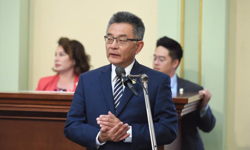 Assemblymember Kansen Chu will present Assembly Bill 7 to Congress. AB 7 will give California permanent daylight saving time.