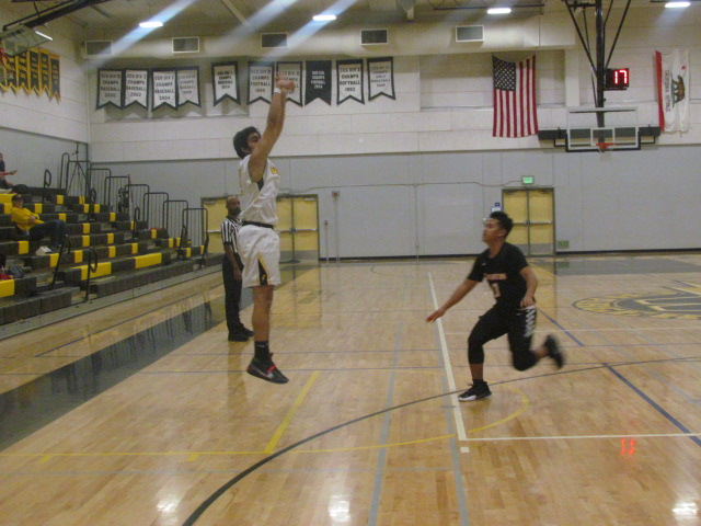 The Wilcox Chargers basketball team has had a slow start, but they're gaining steam in the pre-season. Goodwyn Dickson did great work for them.