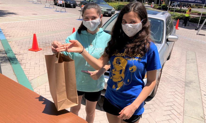 The Libraries in Santa Clara and Sunnyvale are now offering Curbside Pickup and Sidewalk Services to get books into the community.