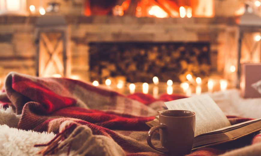 Editor Carolyn Schuk talks about reading a good book this Christmas season. She gives book recomendations for the holidays.